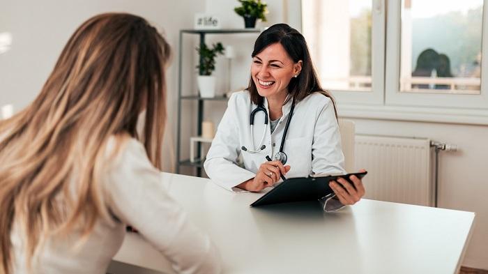 Kommunikation zwischen Arzt und Patient_Klinikkonflikte_Klinik Coach_Ärztecoach_Heike Cobaugh